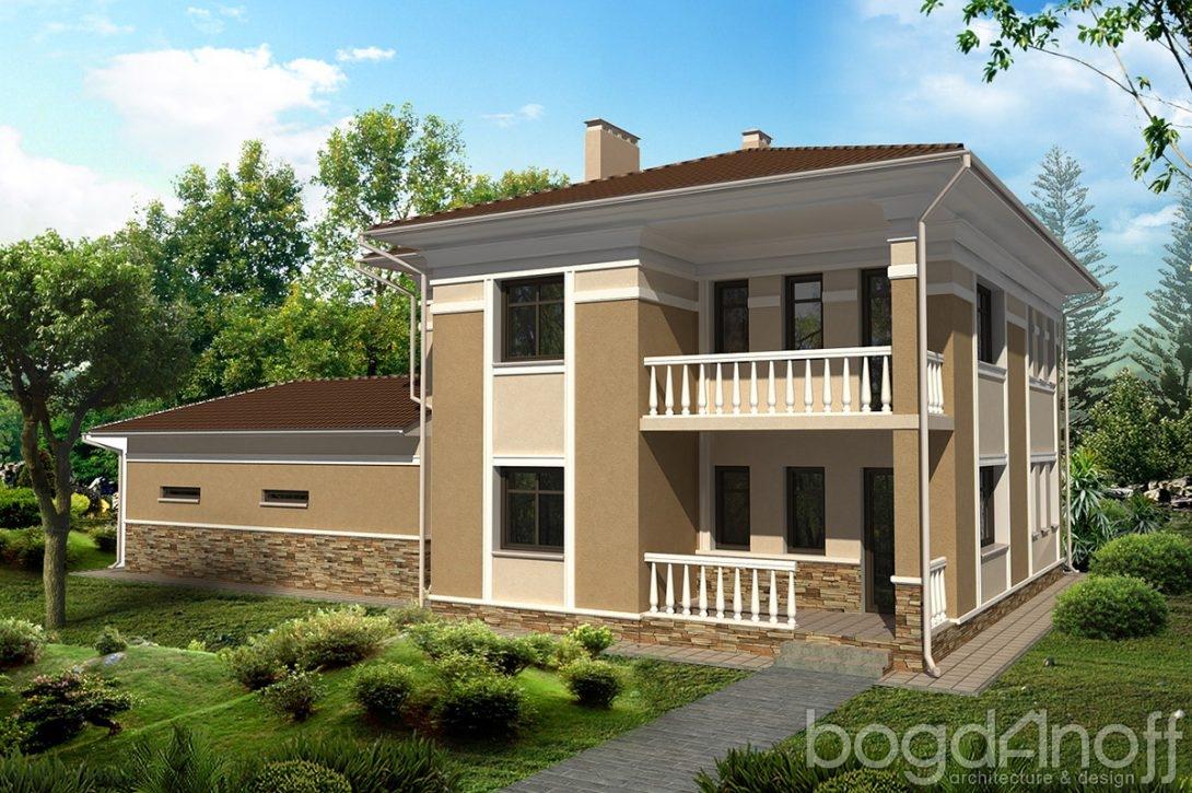 Дом с балкончиком на дорогу