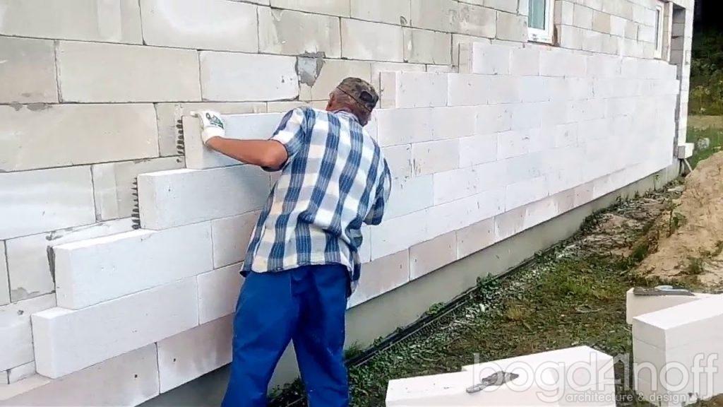 Утепление фасадными панелями из газобетона